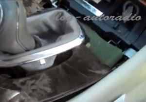 installation autoradio Mercedes CLK W209