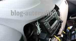 démontage autoradio Hyundai I20
